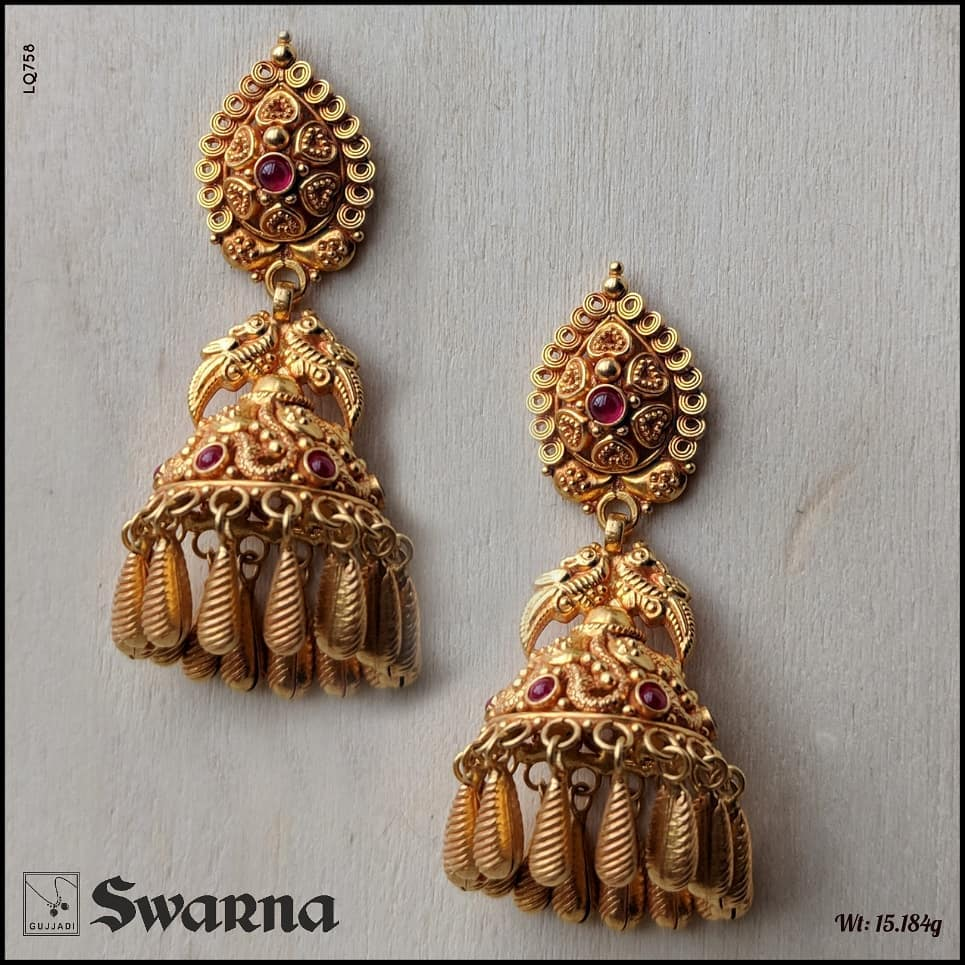 antique-gold-jhumka-designs-2