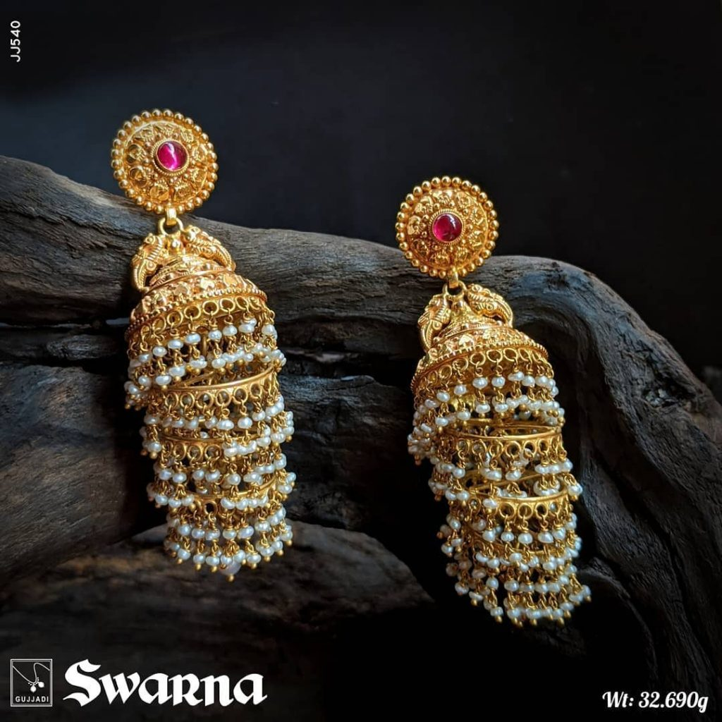 antique-gold-jhumka-designs-4