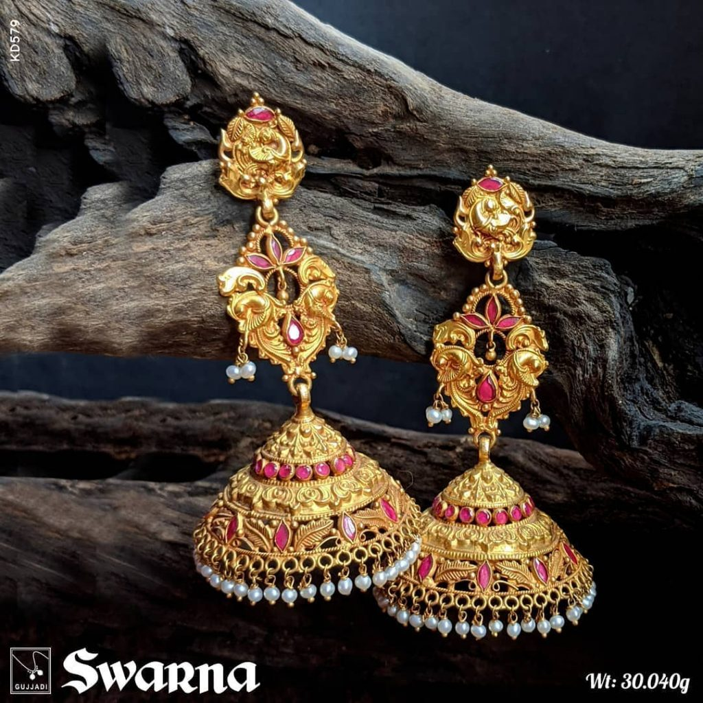 antique-gold-jhumka-designs-5