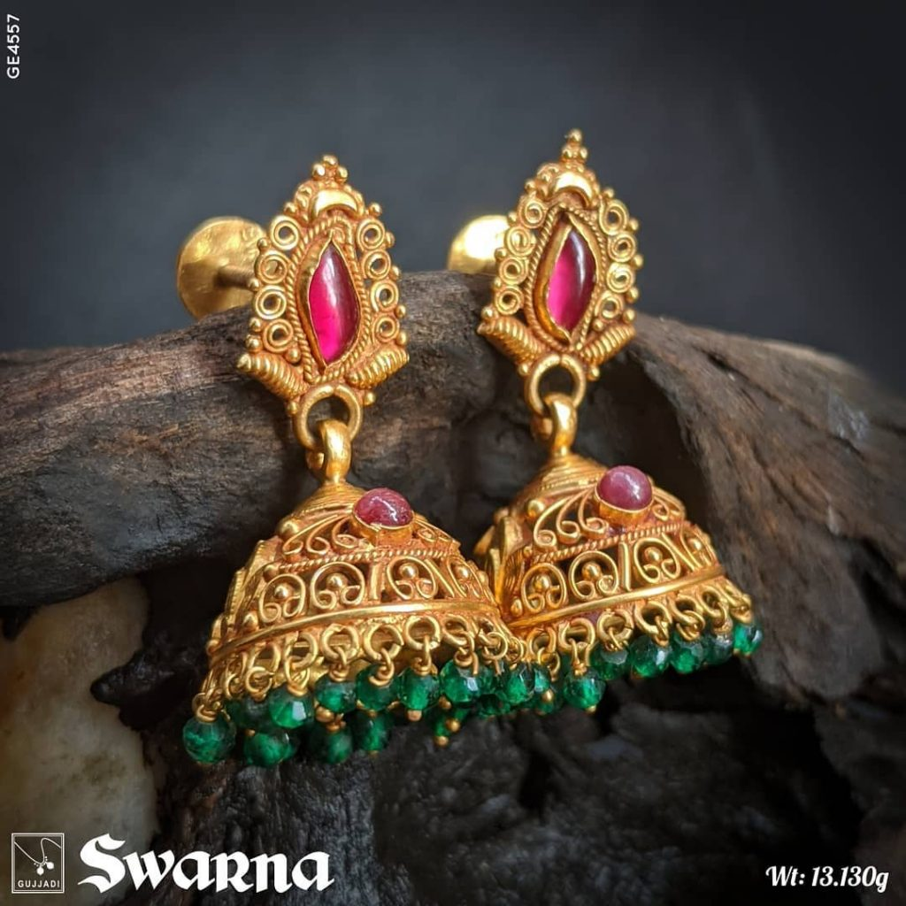 antique-gold-jhumka-designs-8
