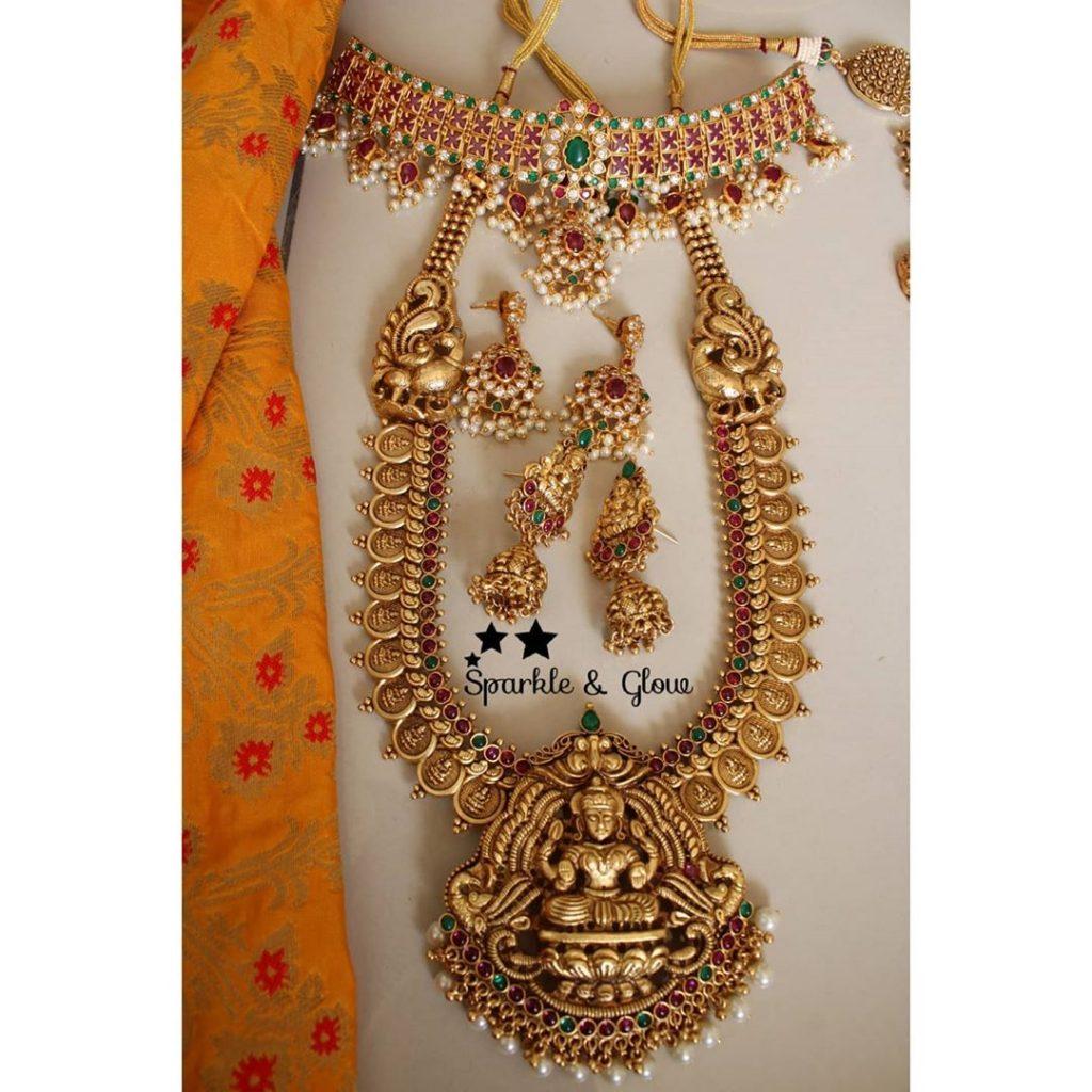 antique-lakshmi-necklace-designs-10