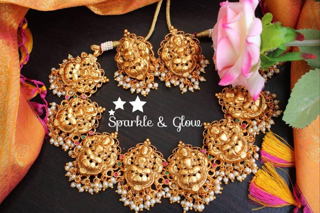 antique-lakshmi-necklace-designs