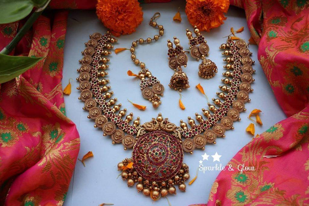 antique-lakshmi-necklace-designs-14