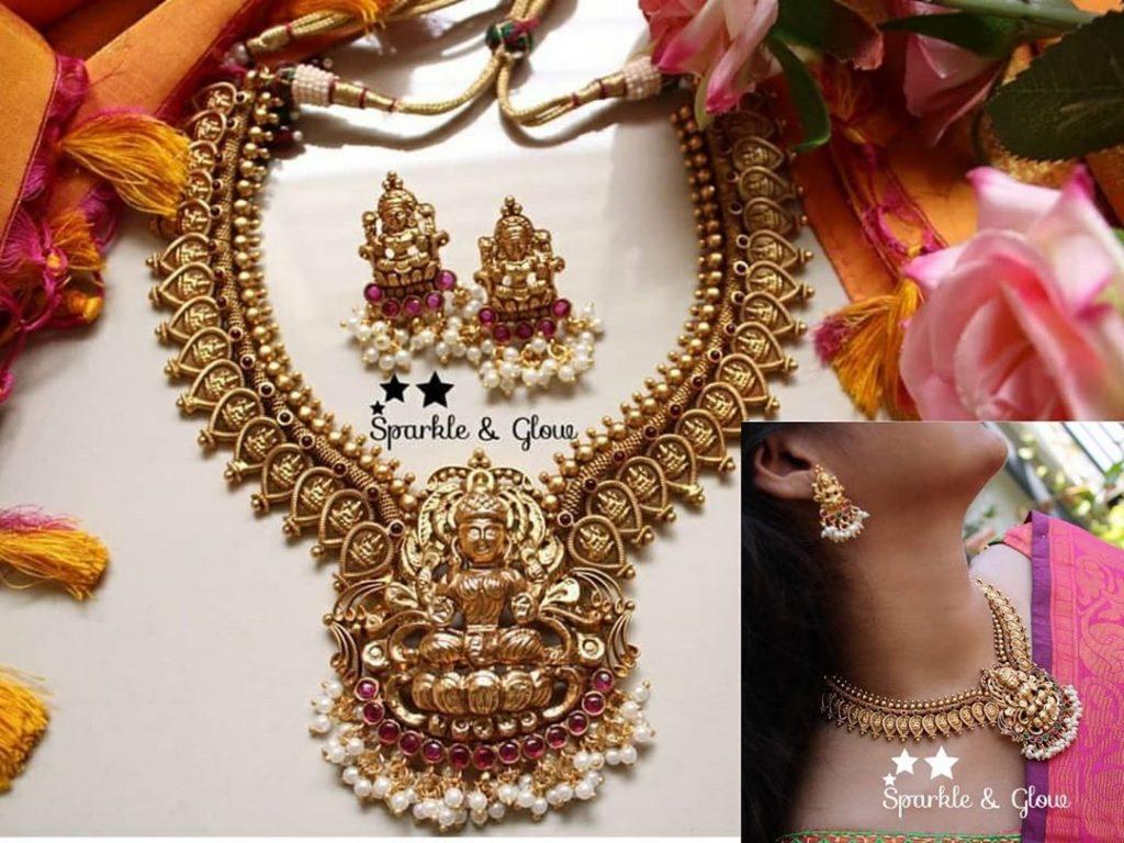 antique-lakshmi-necklace-designs-5