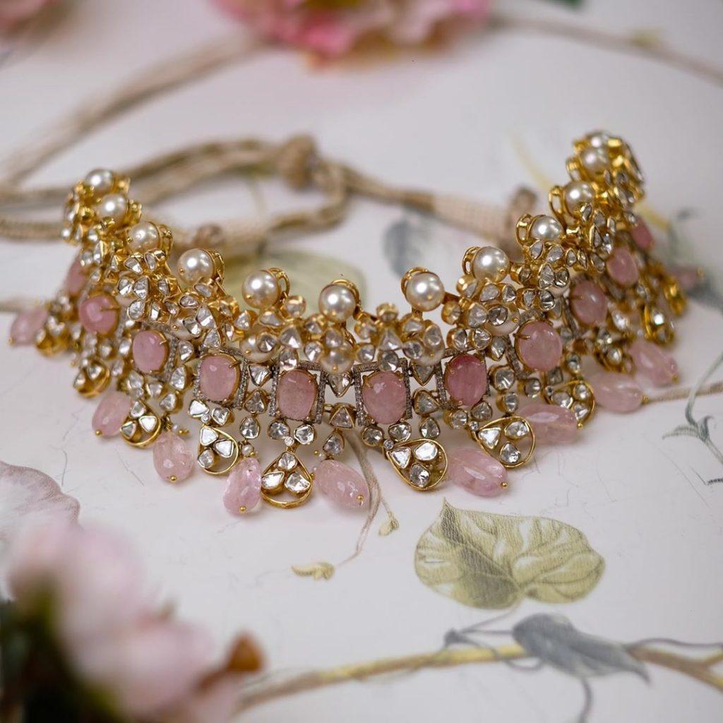 contemporary-necklace-designs-11