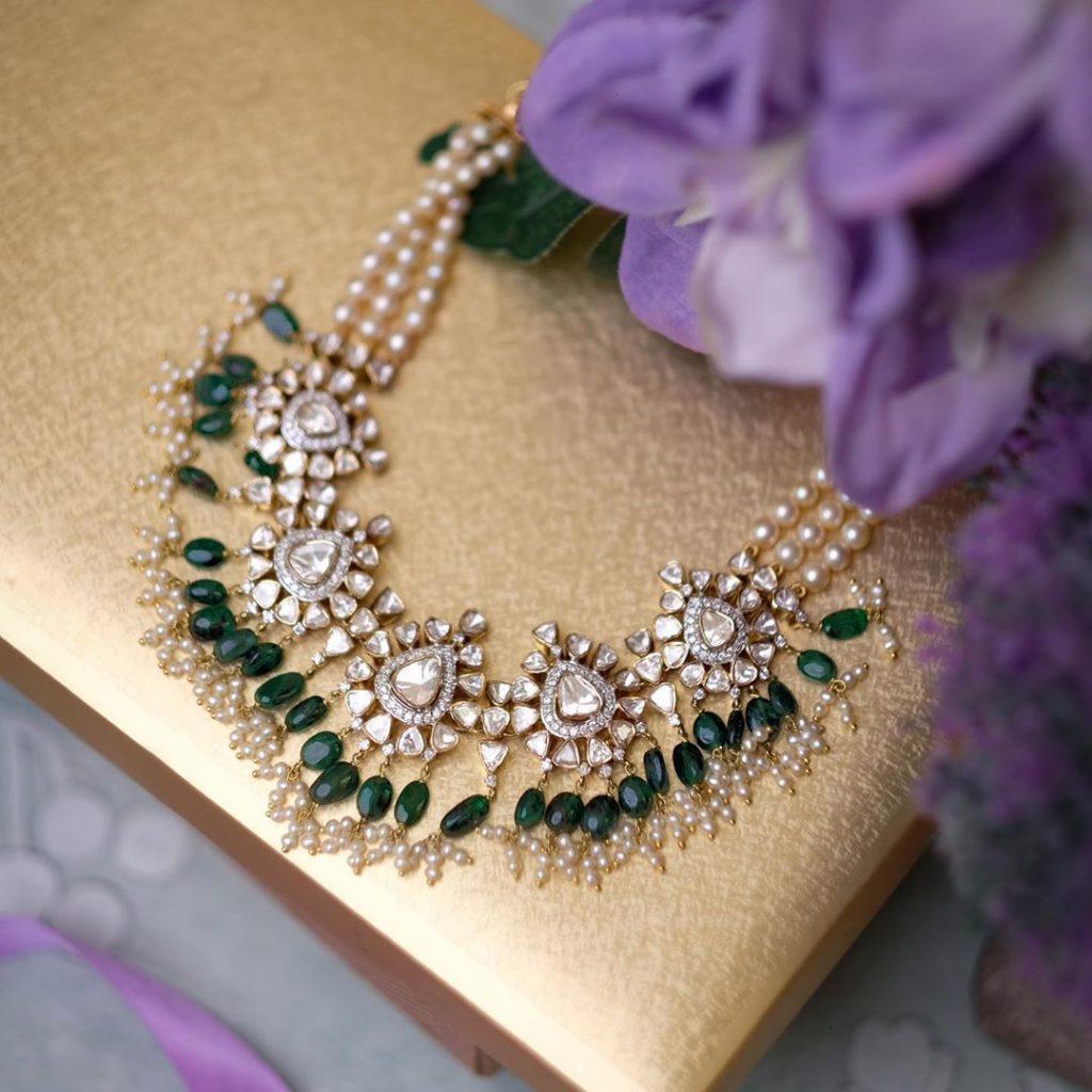 contemporary-necklace-designs-13