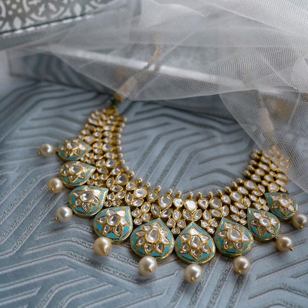 contemporary-necklace-designs-9