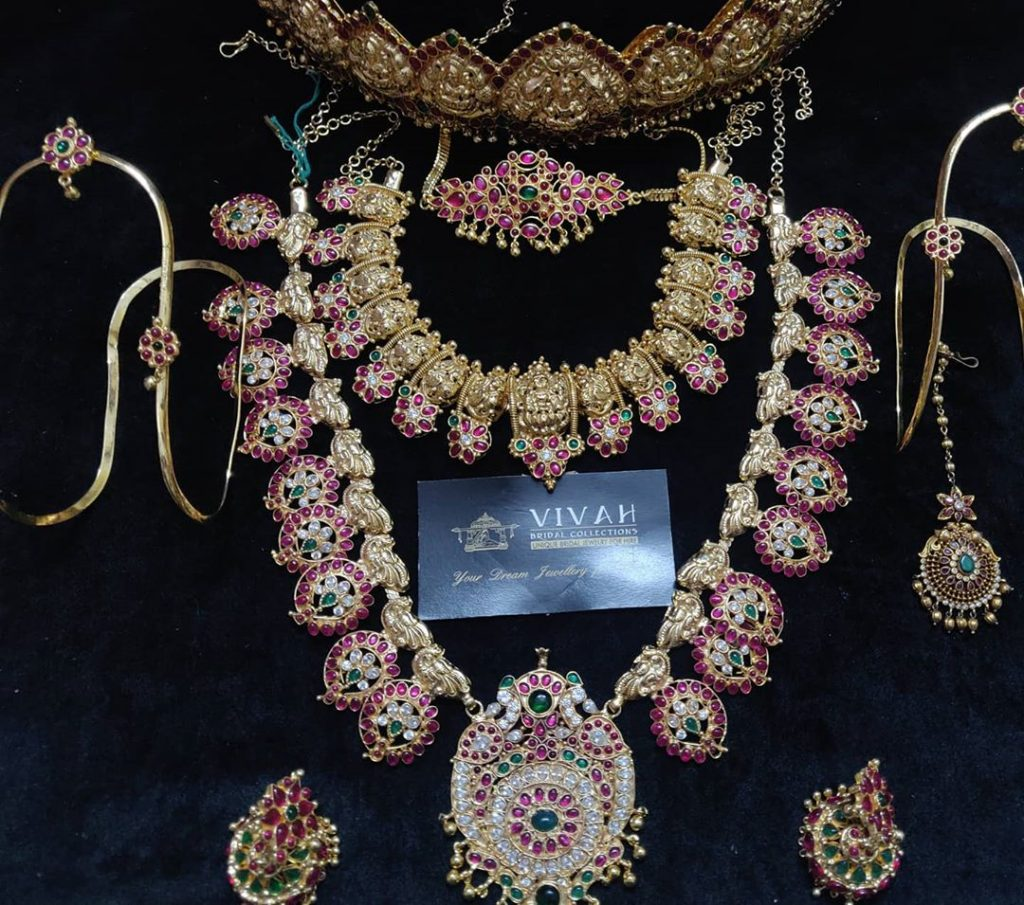 south-indian-bridal-jewellery-set-online-15