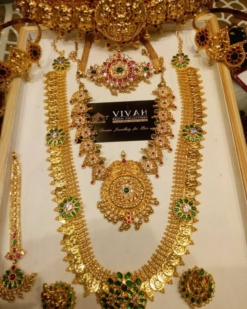 south-indian-bridal-jewellery-set-online-4