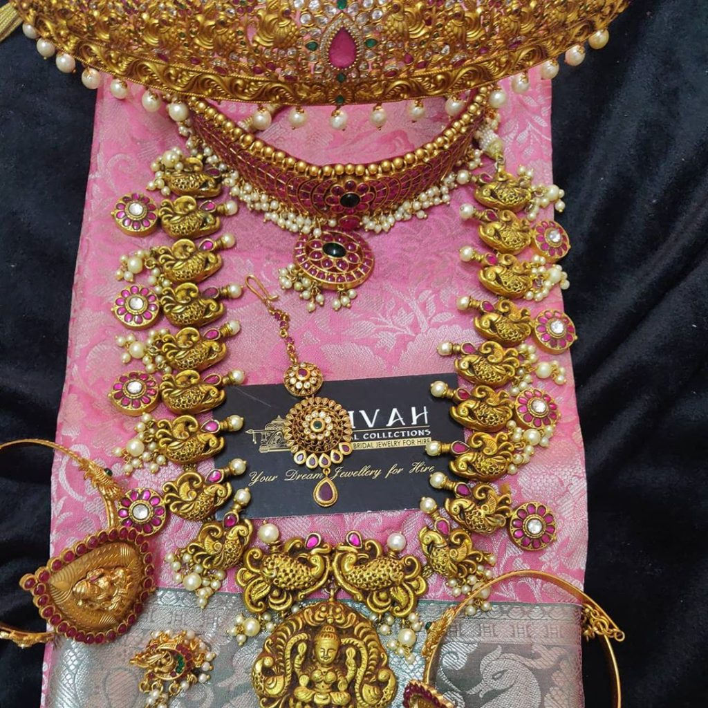 south-indian-bridal-jewellery-set-online-7