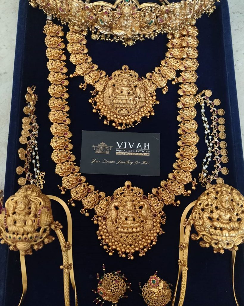 south-indian-bridal-jewellery-set-online-9