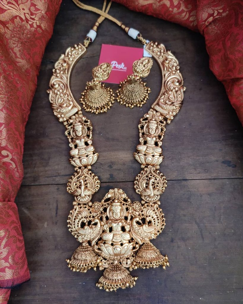 south-indian-necklace-design-18