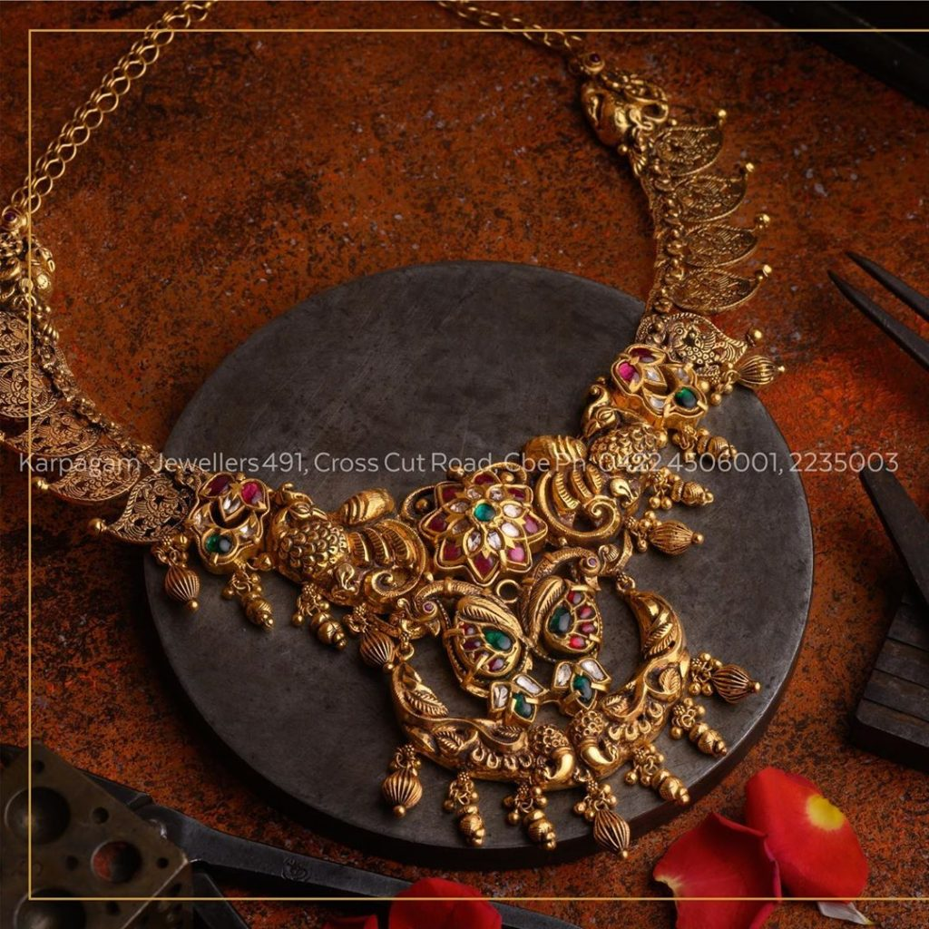 antique-gold-jewellery-design-images-13