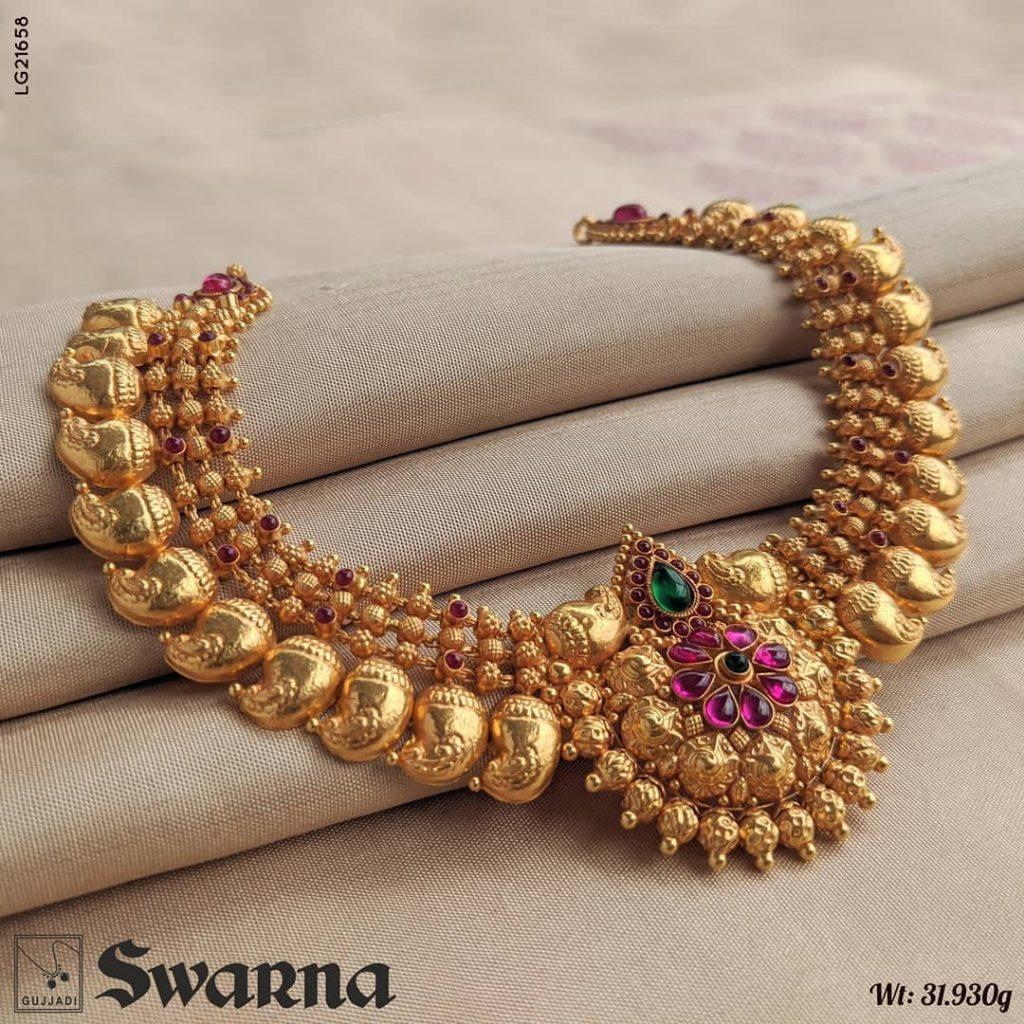 gold-necklace-design-2020-16