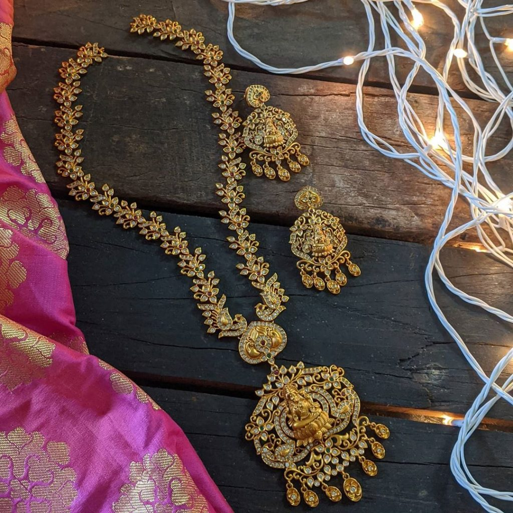 traditional-necklace-designs-1