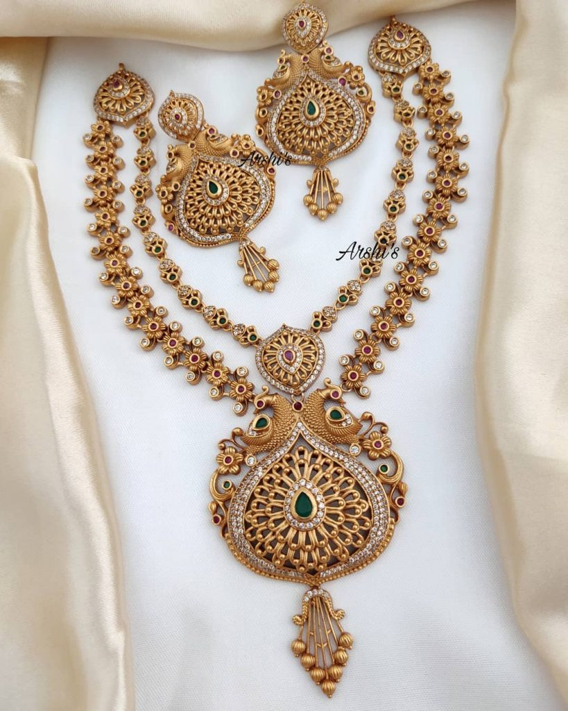 traditional-necklace-designs-13