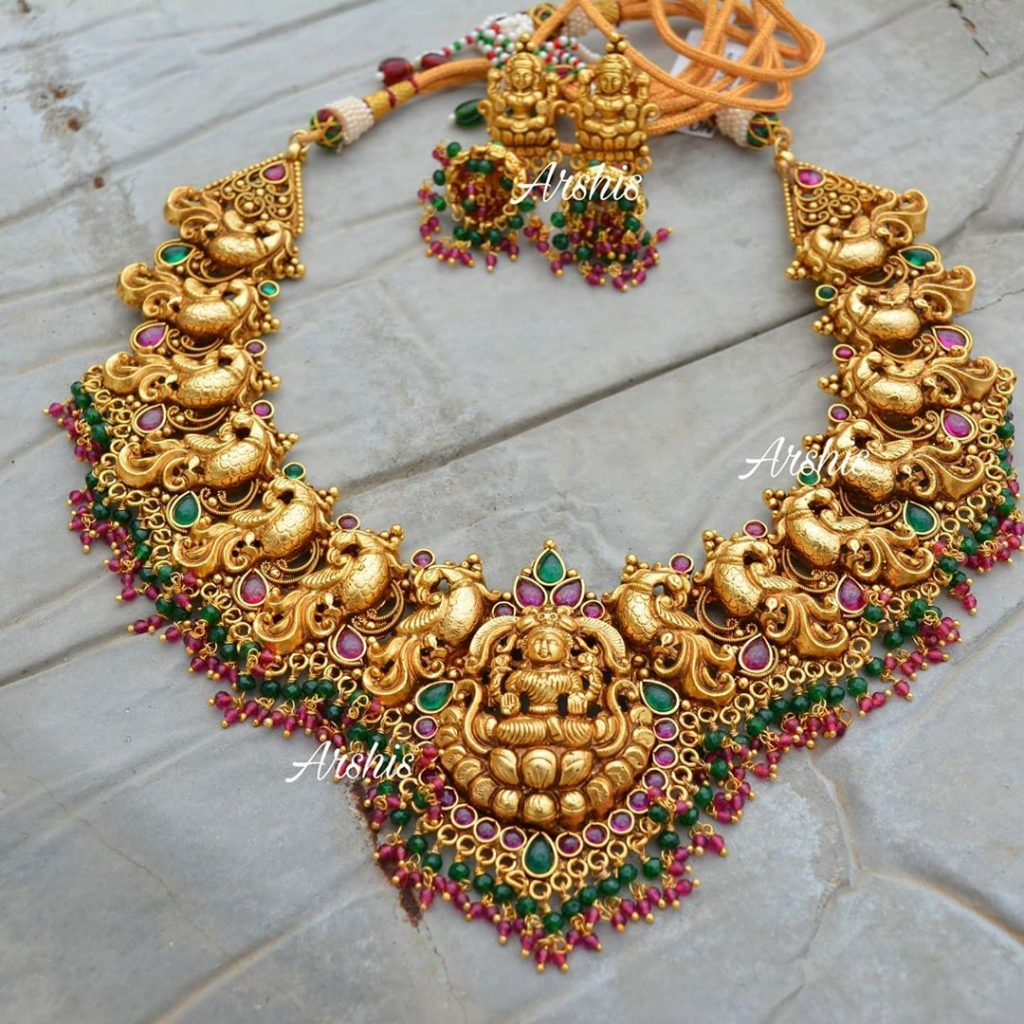 traditional-necklace-designs-15