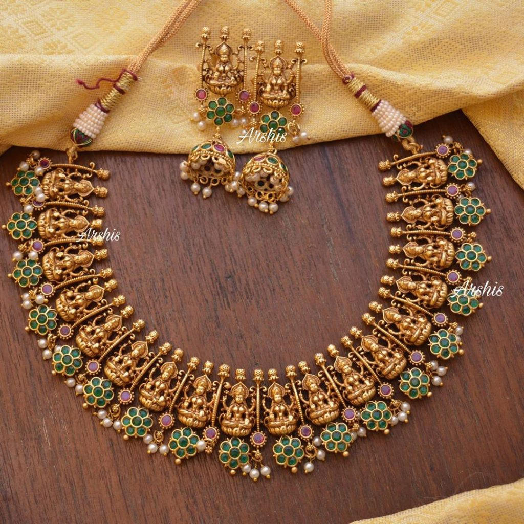 traditional-necklace-designs-19