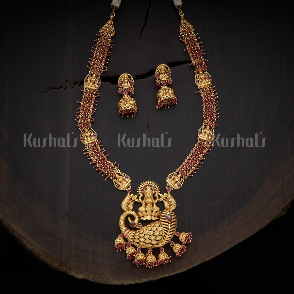 antique-necklace-set-for-saree