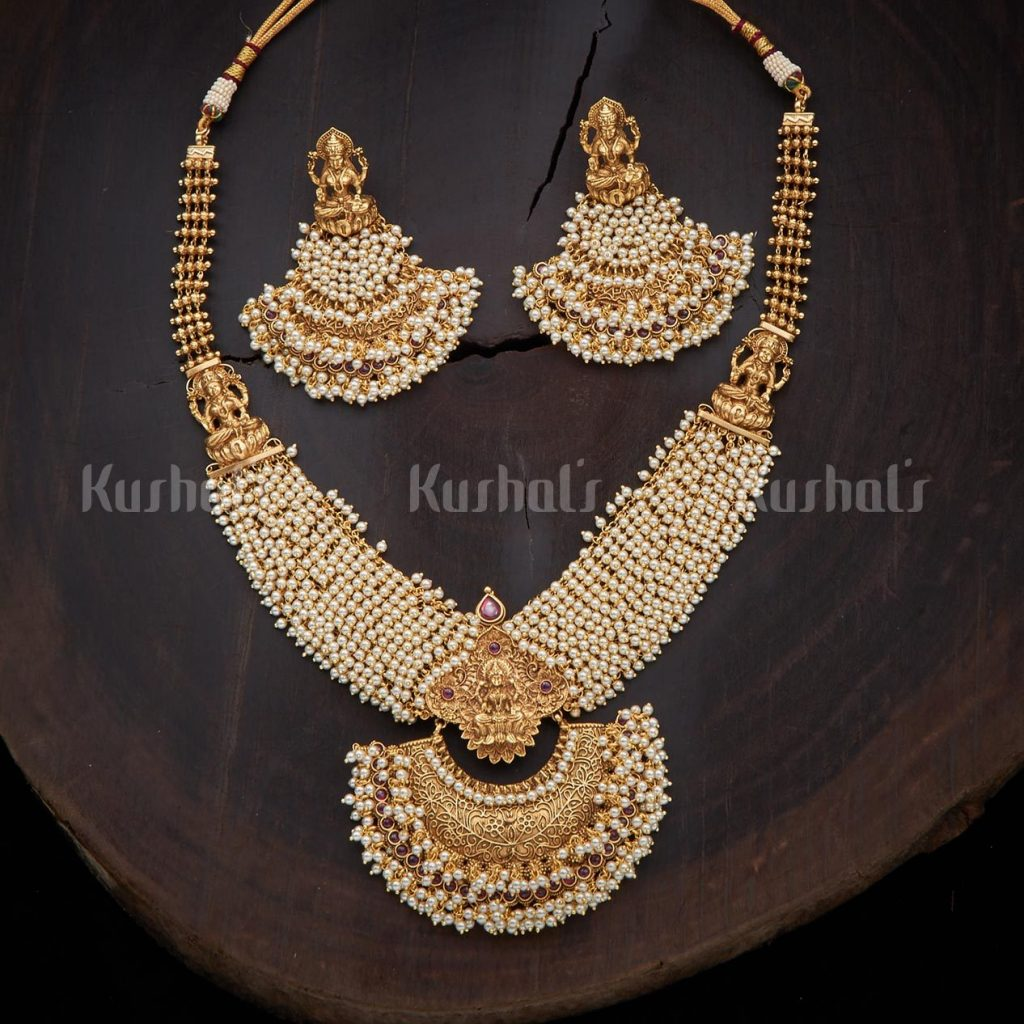 antique-necklace-set-for-saree-11