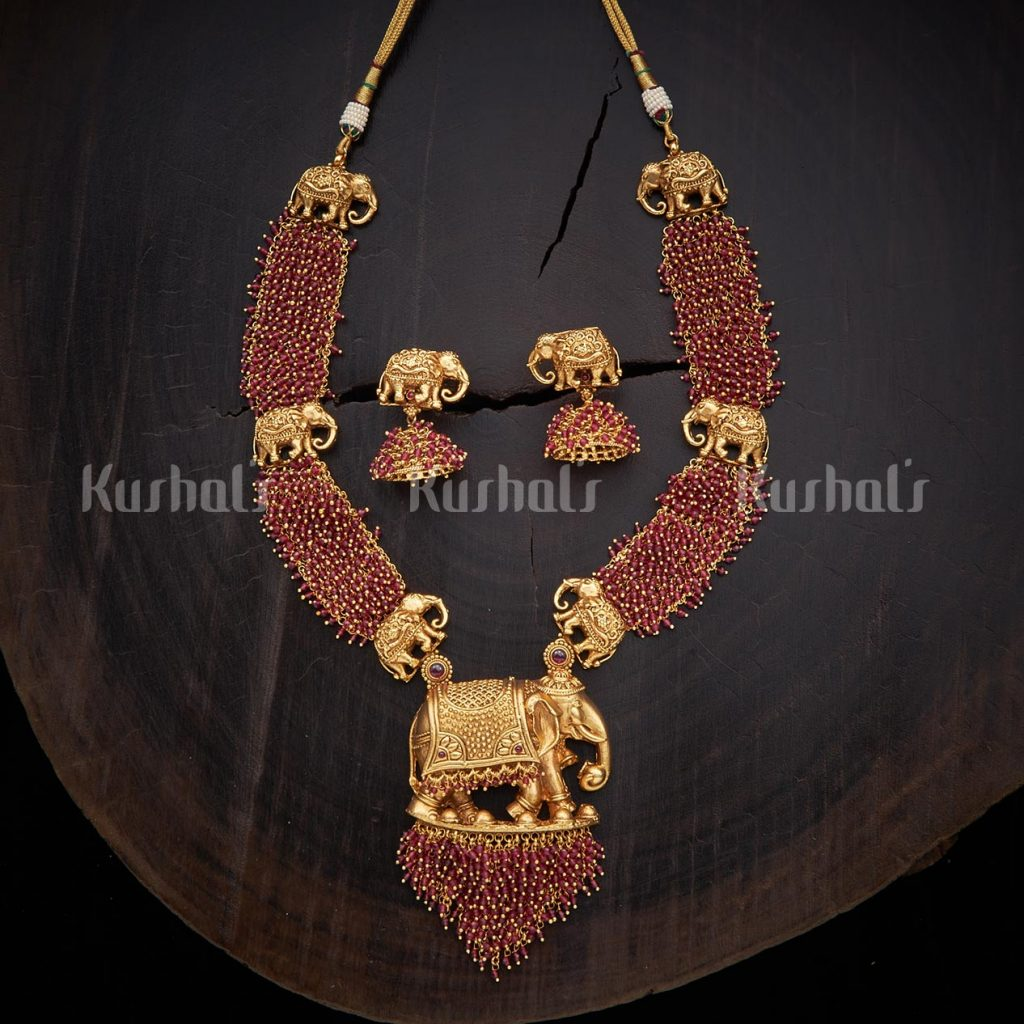 antique-necklace-set-for-saree-13