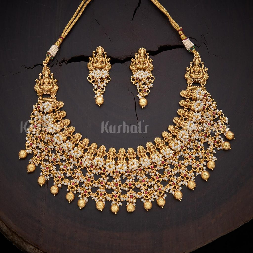 antique-necklace-set-for-saree-3