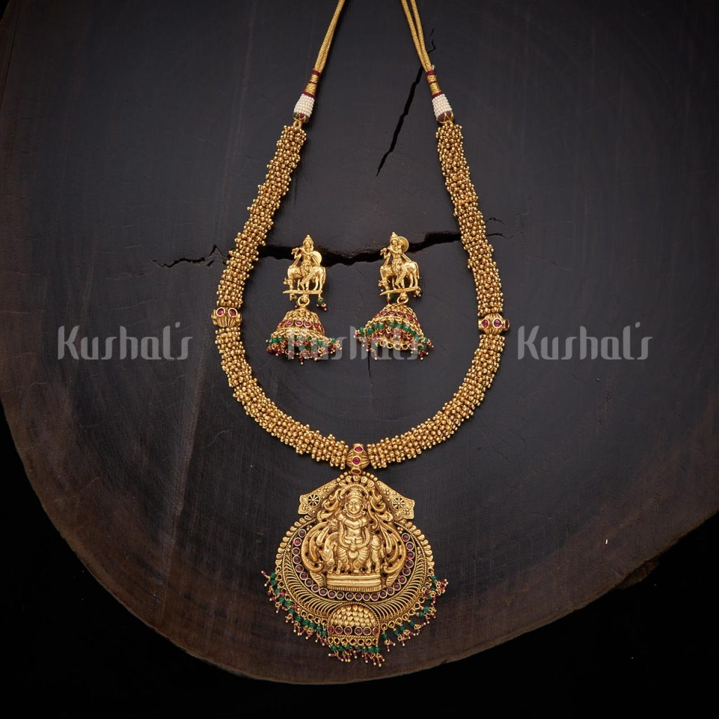 antique-necklace-set-for-saree-4