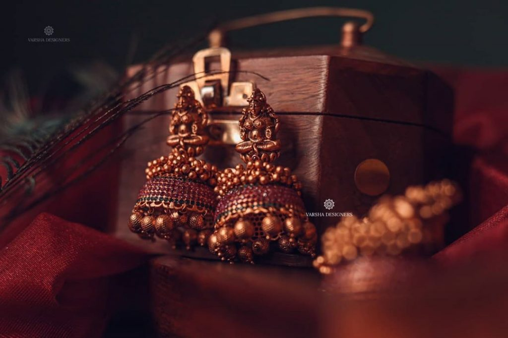 ethnic-earrings-for-saree