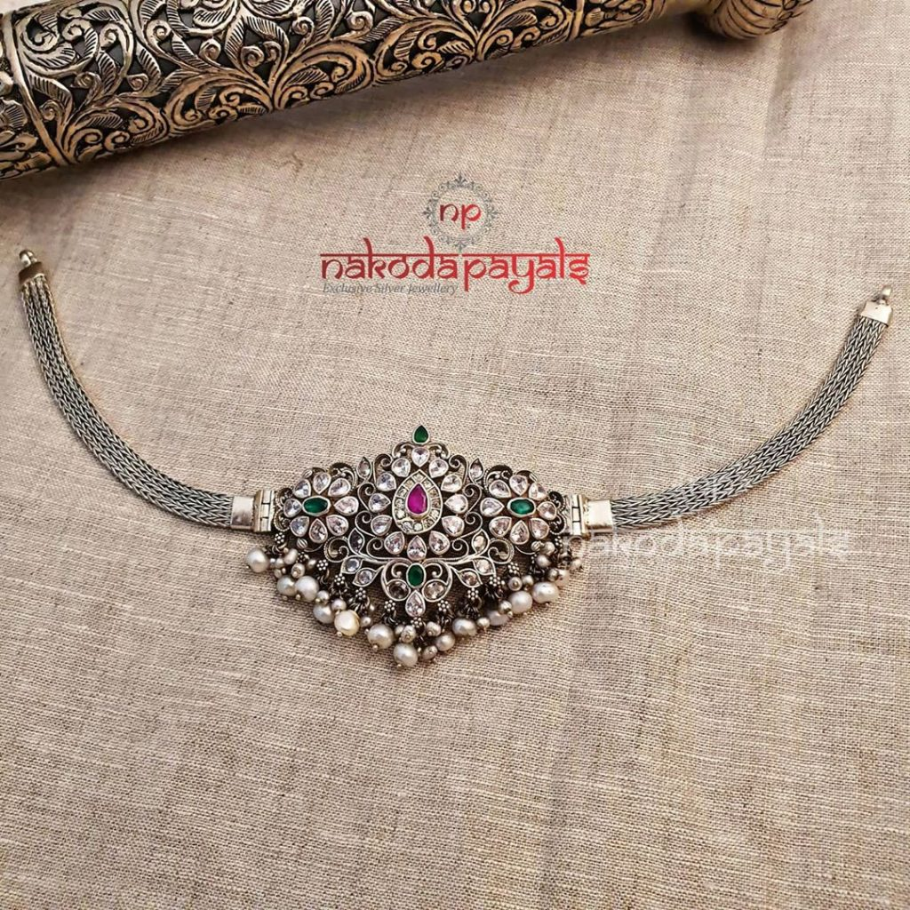 silver-necklace-for-saree-10