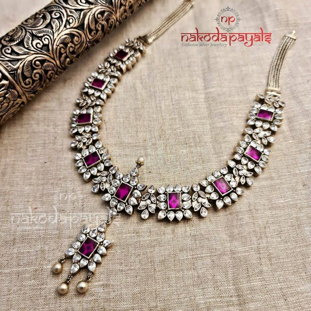 silver-necklace-for-saree-13