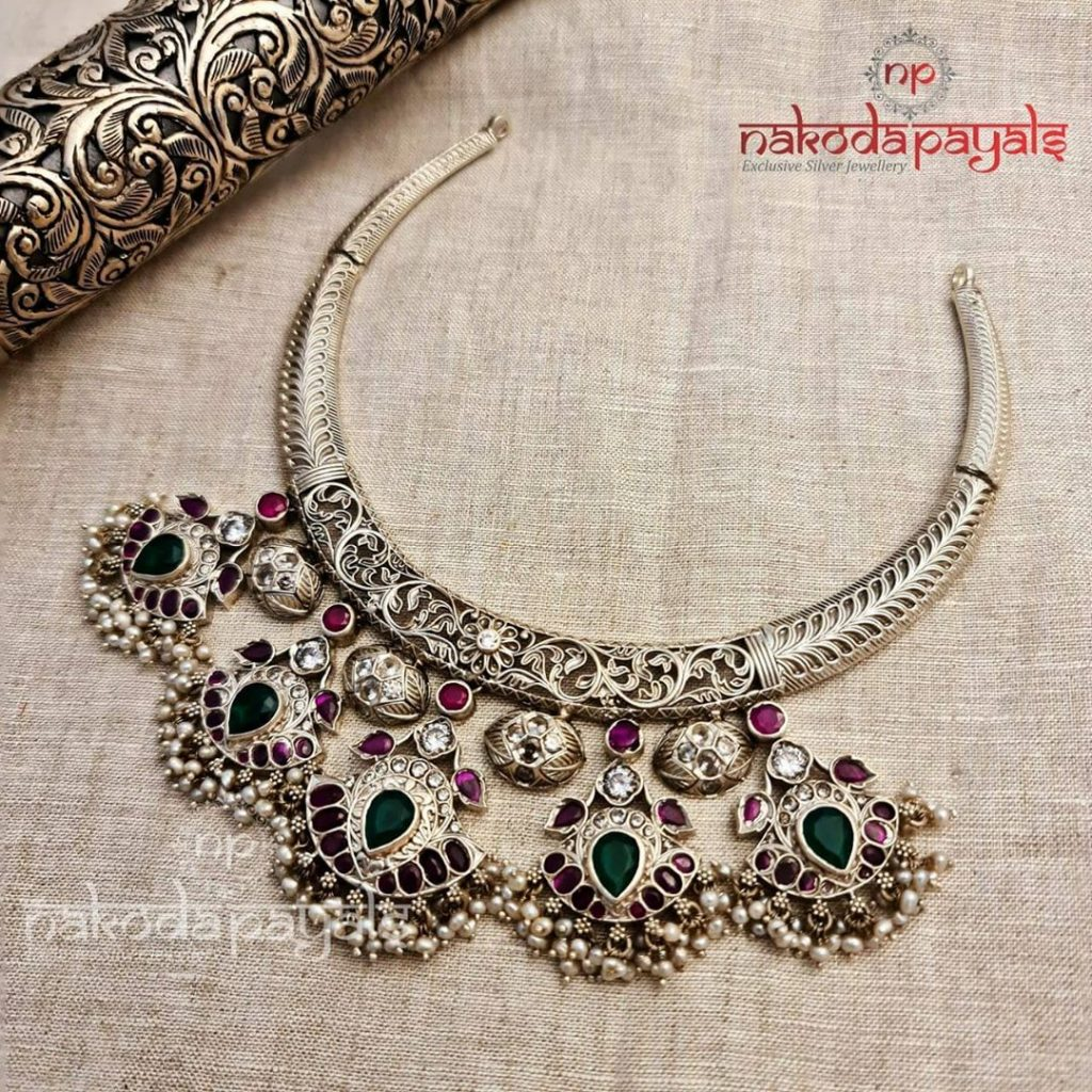 silver-necklace-for-saree-14