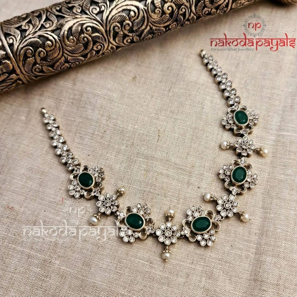 silver-necklace-for-saree-19