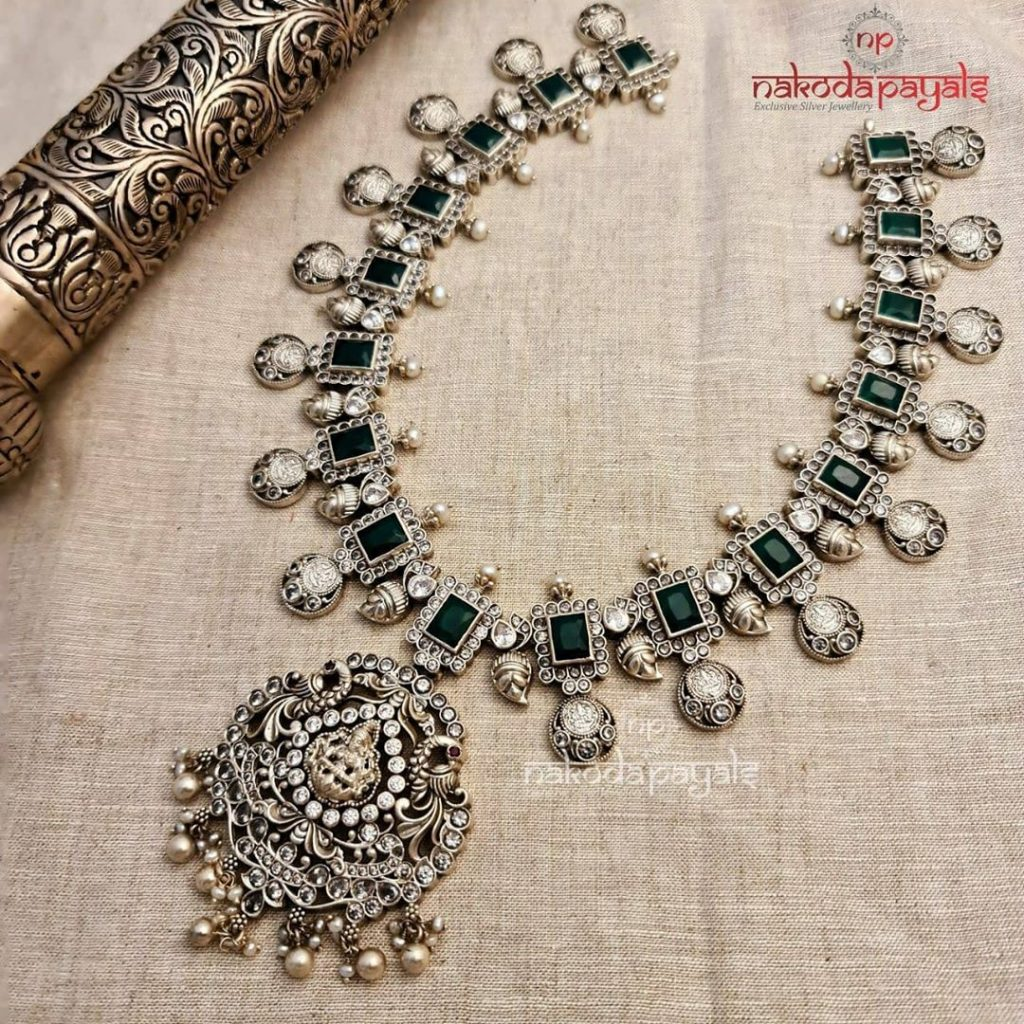 silver-necklace-for-saree-20