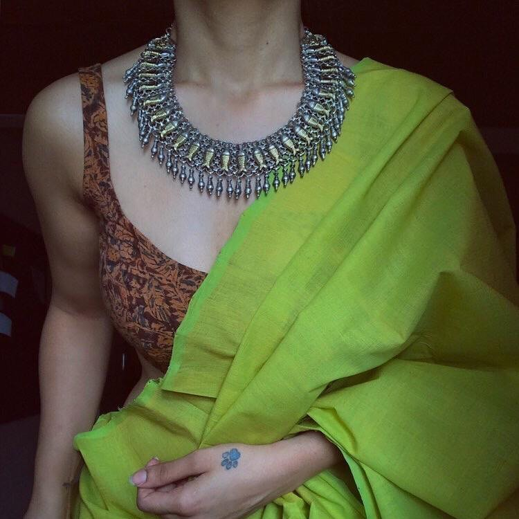 silver-necklace-for-saree-4
