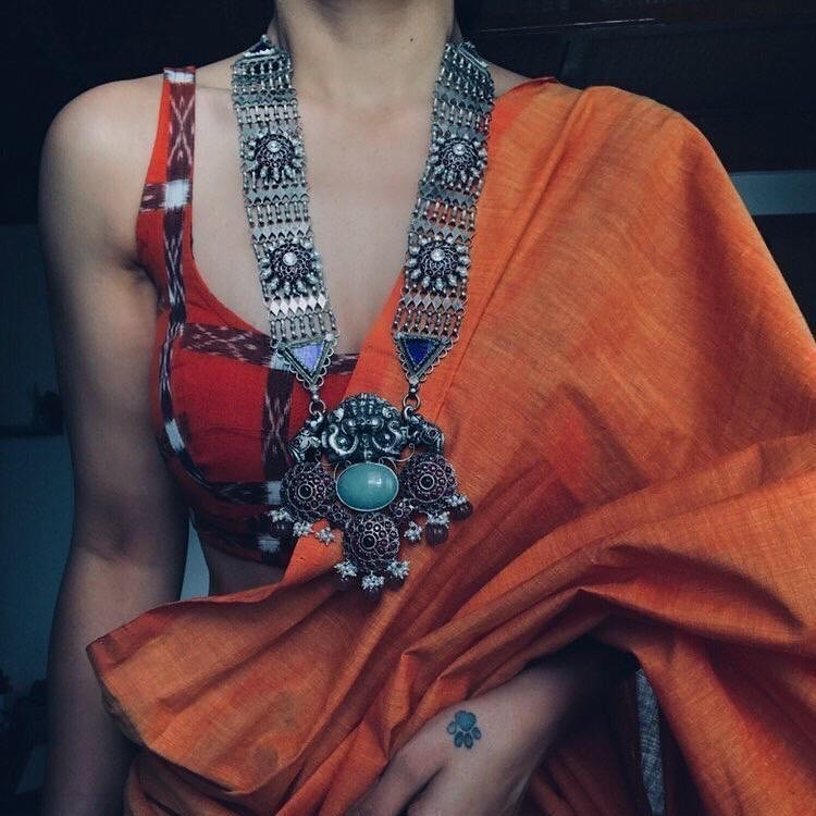silver-necklace-for-saree-7