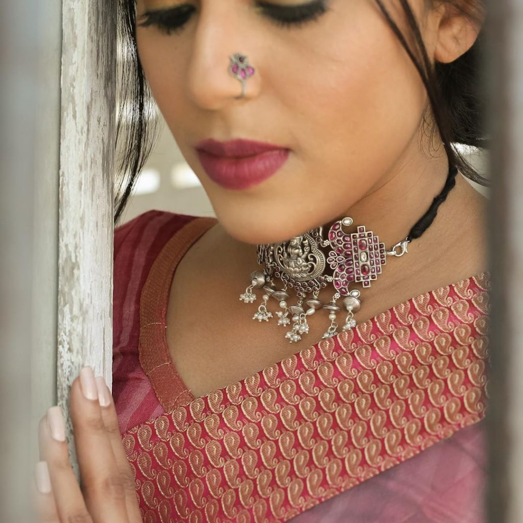silver-necklace-for-saree-8