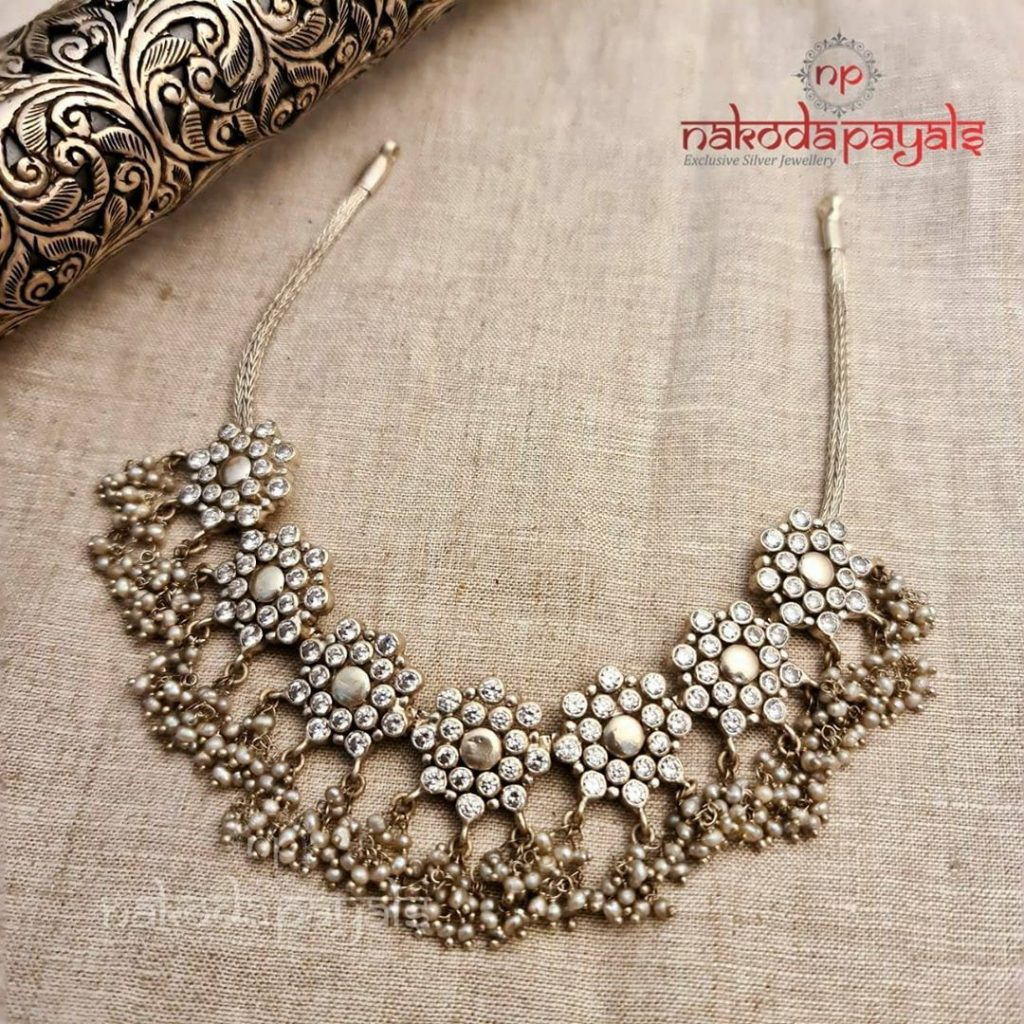 silver-necklace-for-saree-9