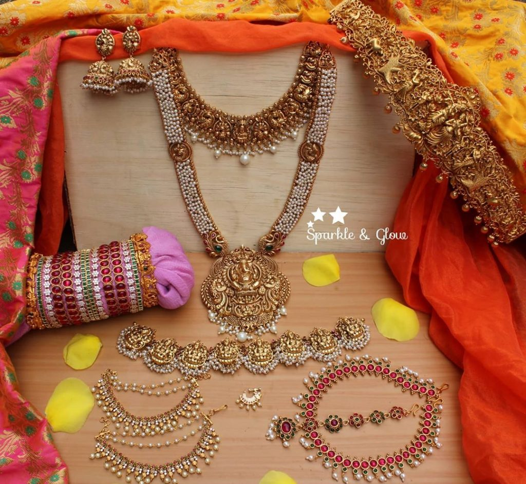 traditional-bridal-jewellery-sets-online-10