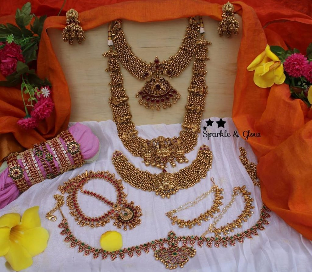 traditional-bridal-jewellery-sets-online-15