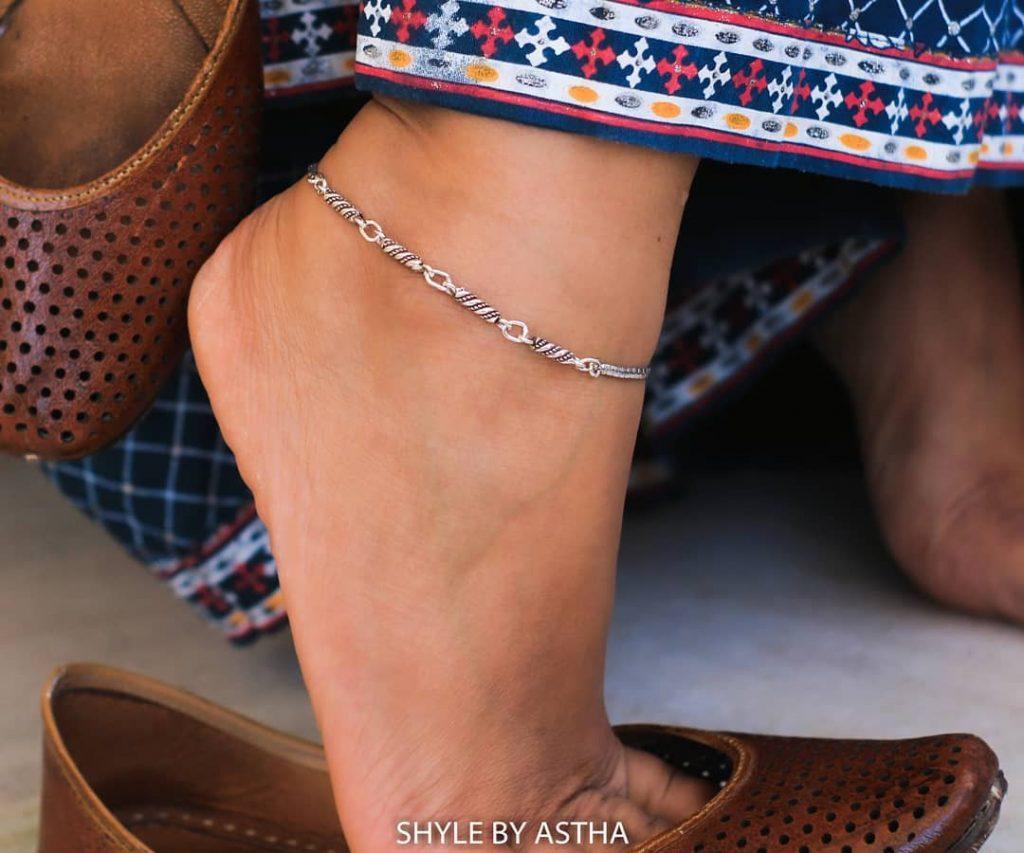 designer-anklets-in-silver-1