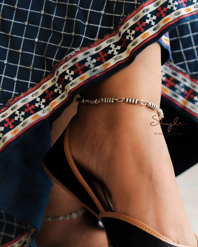 designer-anklets-in-silver-14