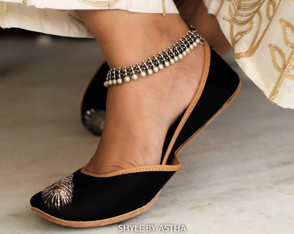 designer-anklets-in-silver-3