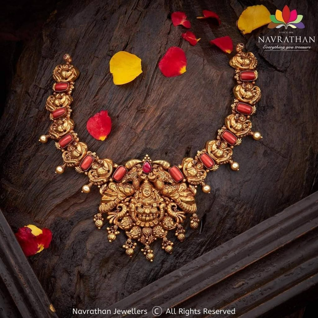 traditional-indian-jewellery-designs-9