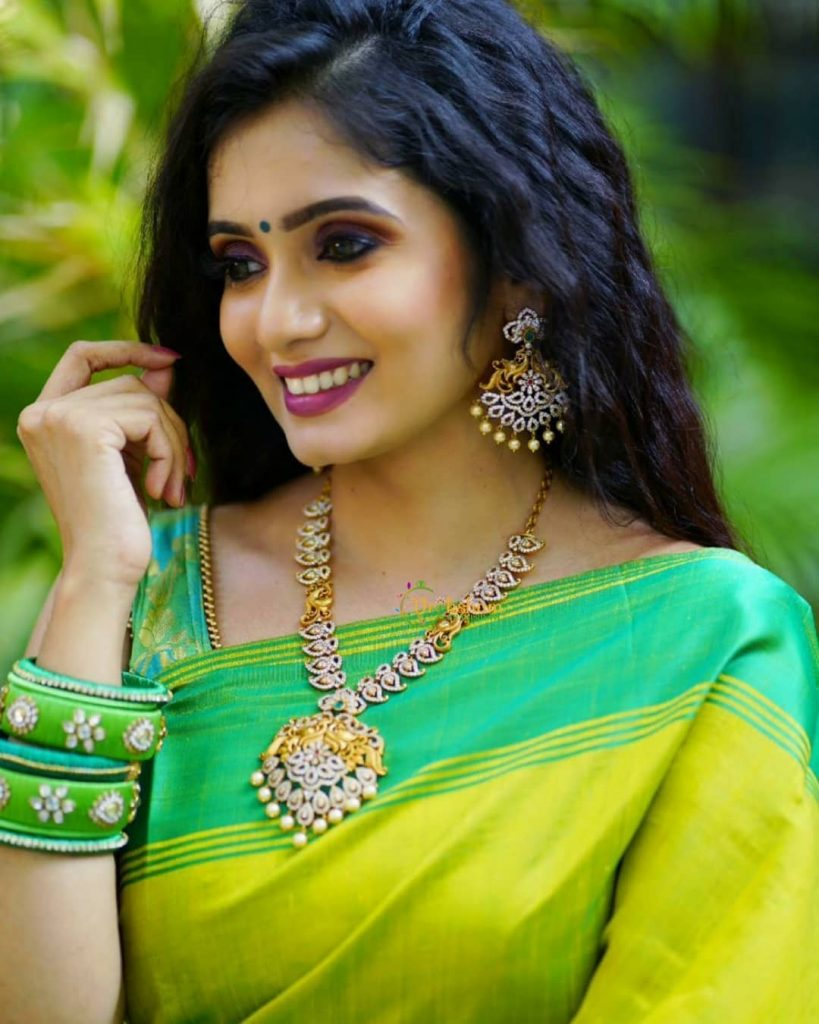 traditional-necklace-for-saree-9