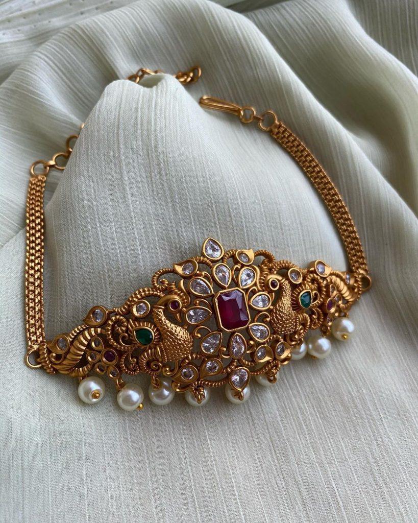 antique-choker-necklace-jewellery
