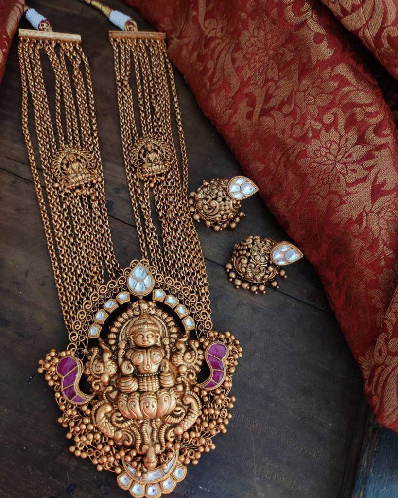 antique-jewellery-set-for-wedding-14