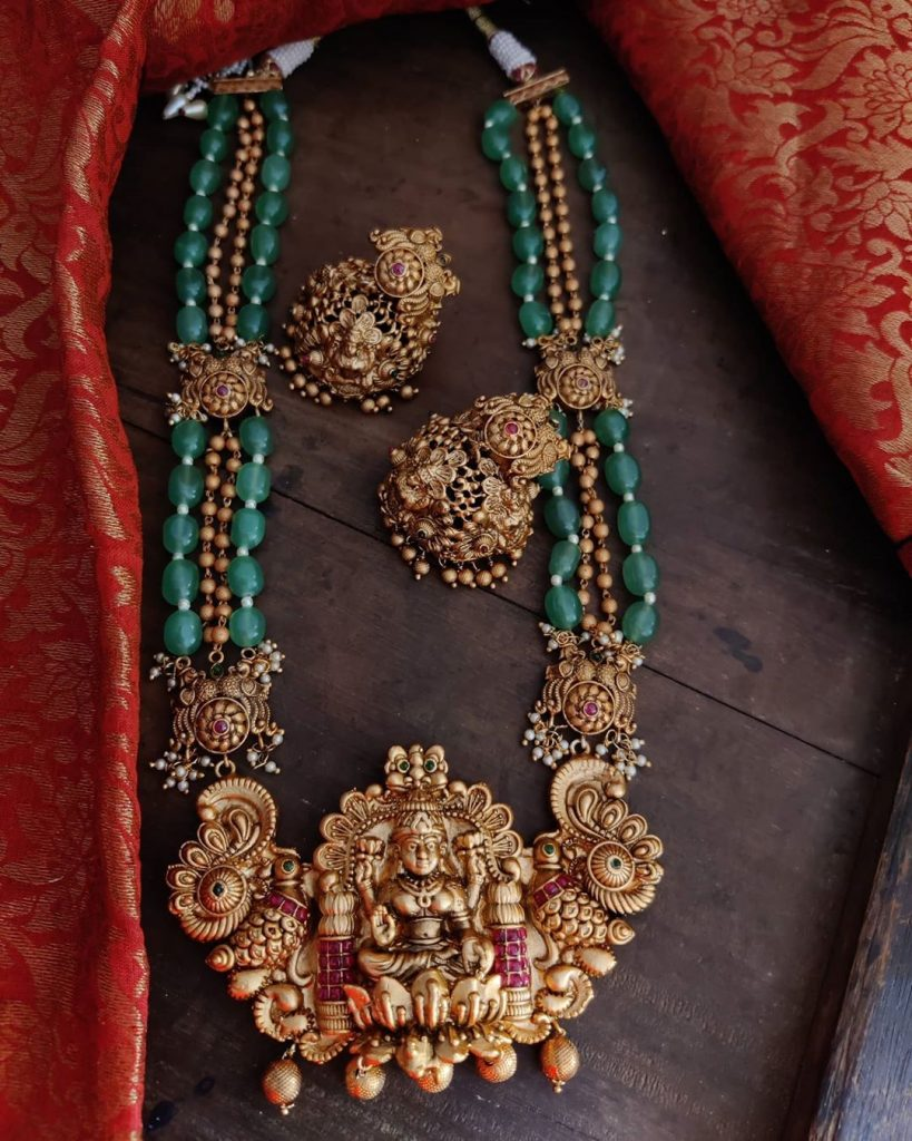 antique-jewellery-set-for-wedding-17