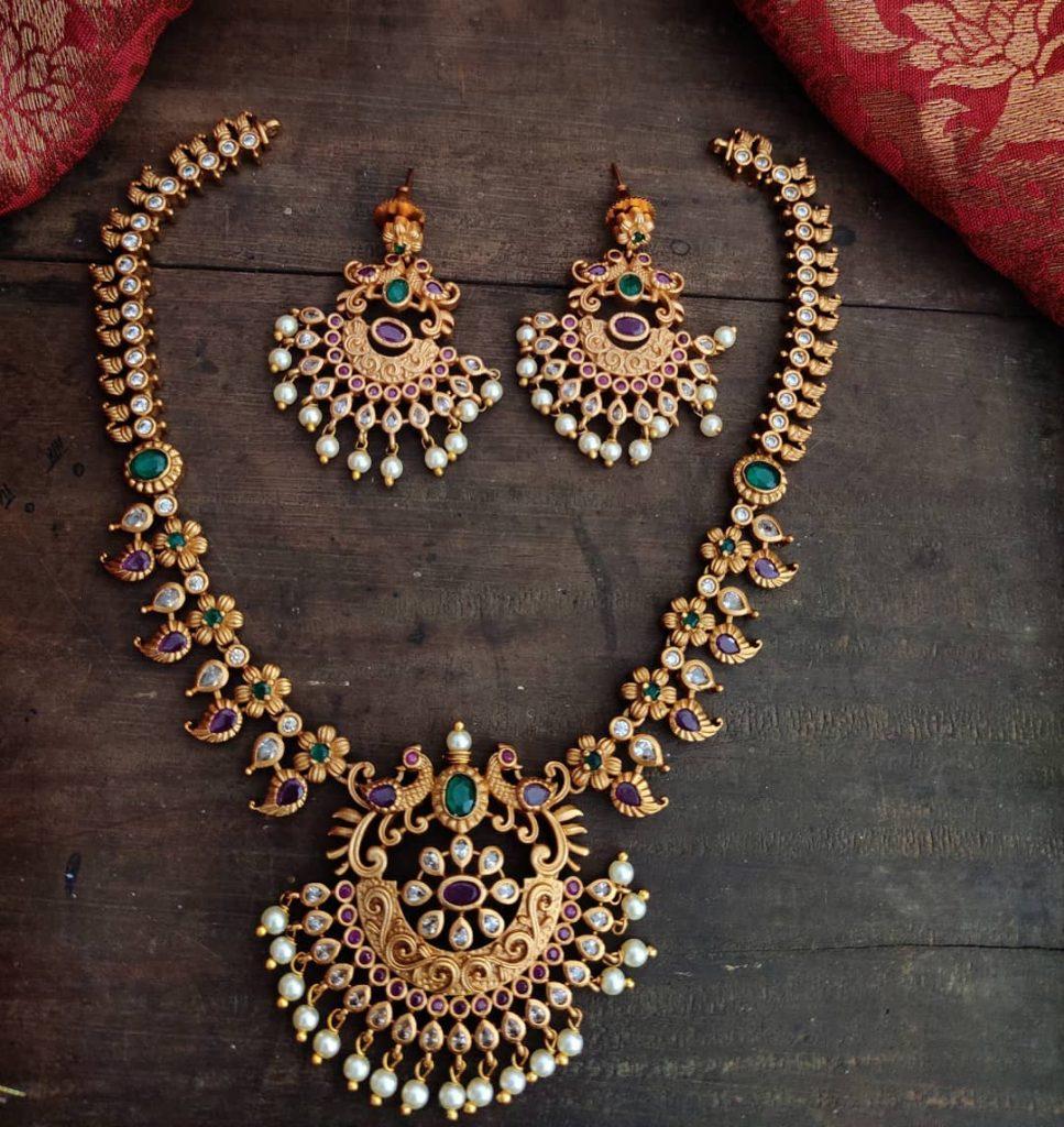 antique-jewellery-set-for-wedding-4