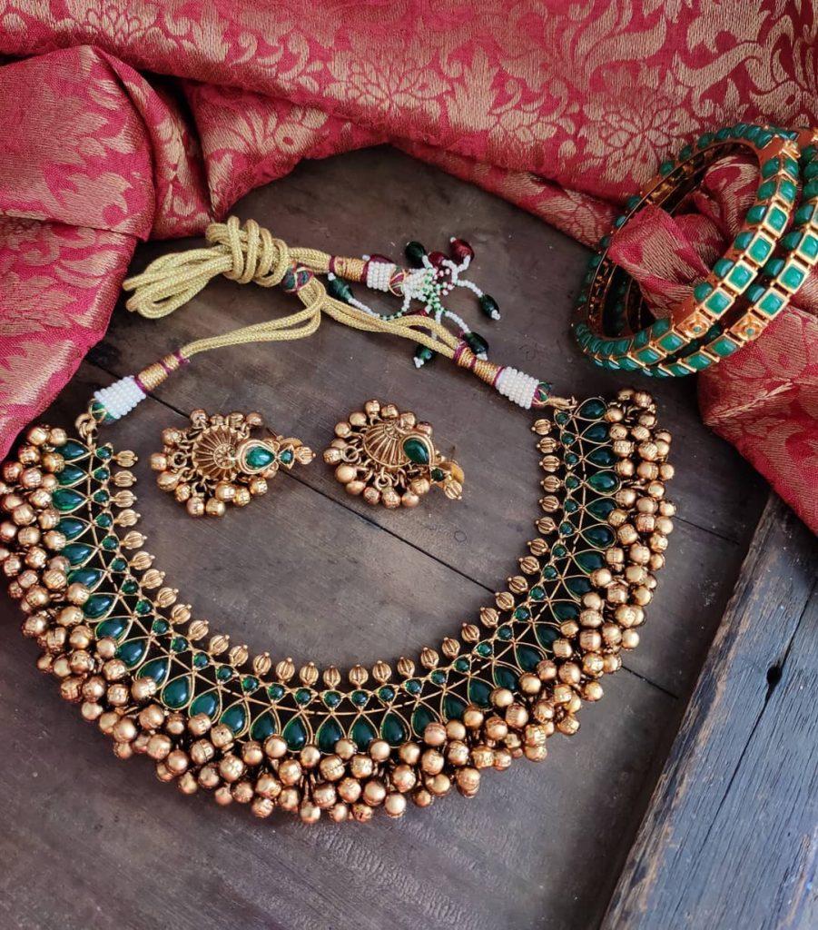 antique-jewellery-set-for-wedding-6