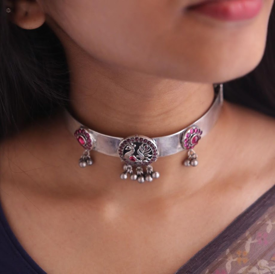 choker-necklace-for-saree-online-13
